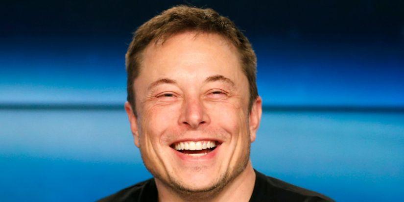 Saída da Tesla da bolsa dependeria de investidores árabes