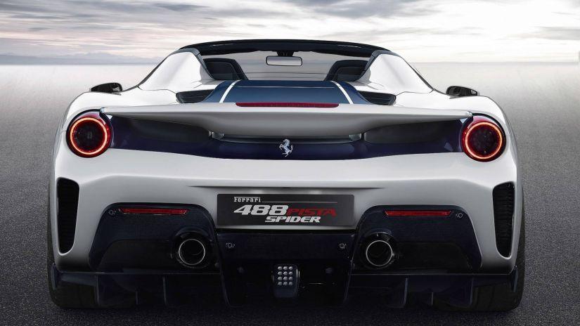 Ferrari revela 488 Pista Spider em Pebble Beach