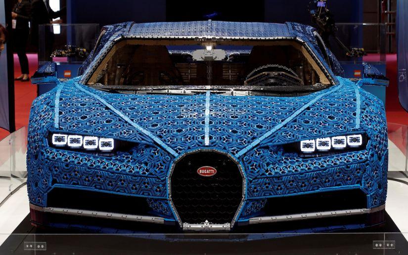 Bugatti de Lego é atração principal no Salão de Paris 2018
