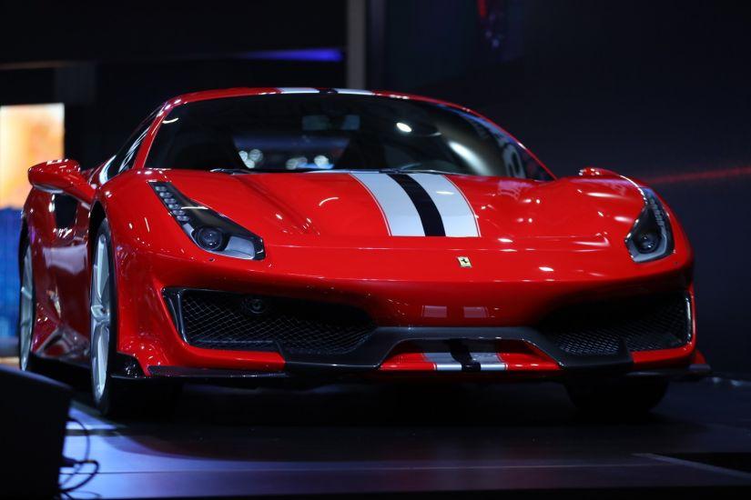 Via Itália apresenta nova Ferrari 488 Pista no Brasil