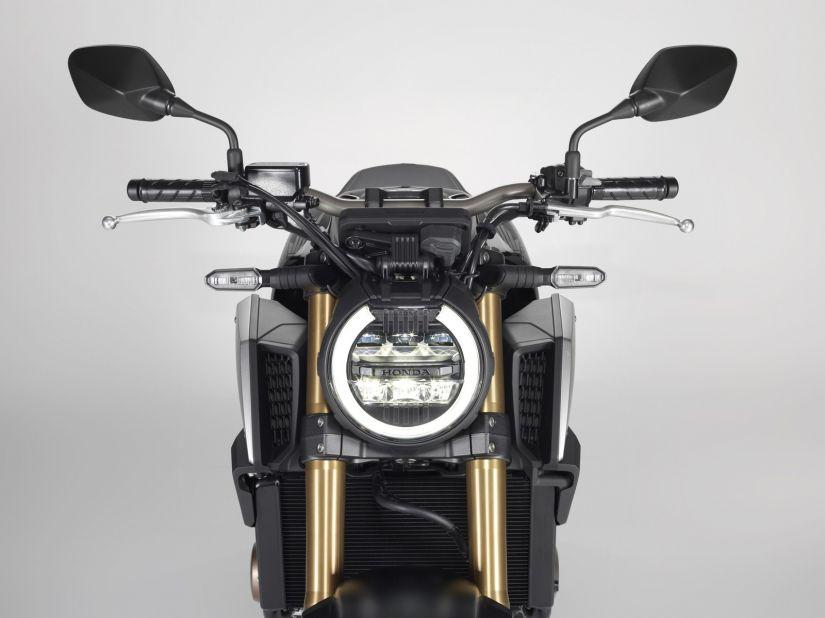 Honda lança moto CB 650R no Brasil
