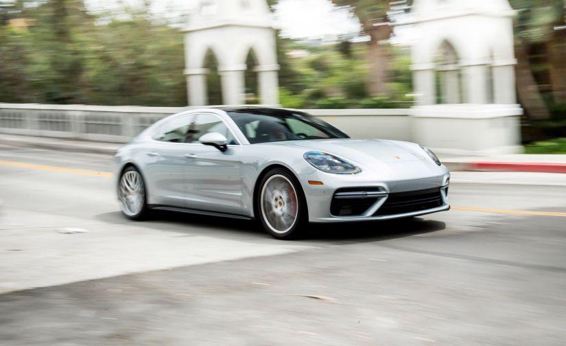 Porsche chama Panamera para recall