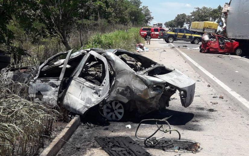 Feriadão de natal termina com 89 mortes em estradas federais brasileiras