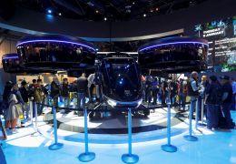 Táxi voador desenvolvido em parceria com a Uber aparece na CES