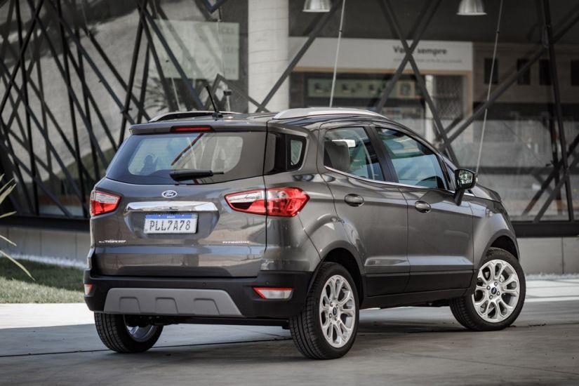 Ford lança EcoSport Titanium 1.5 sem estepe na tampa traseira