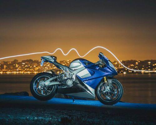 Moto elétrica de 202 cv será lançada em março