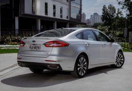 Ford lança Fusion 2019 com atualização no visual