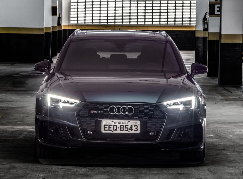 Audi lança perua com motor V6 de 450 cavalos