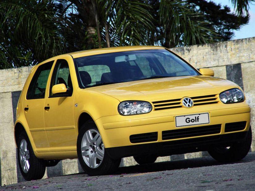 Volkswagen anuncia recall para Golf e Passat 2003