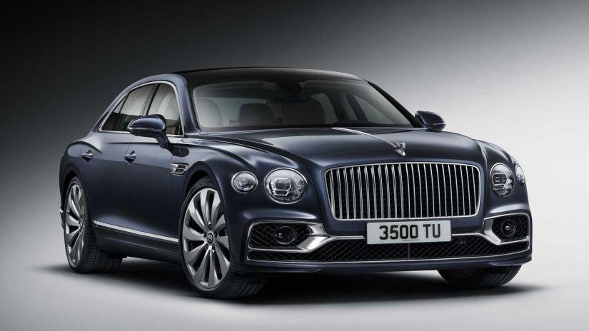 Bentley esbanja luxo e riqueza no novo Flying Spur 2020