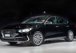 Hyundai anuncia nova geração do Azera no Brasil por R$ 269.900