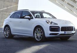 Porsche Cayenne ganha versão híbrida plug-in no Brasil