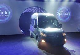 Mercedes-Benz apresenta nova geração da família Sprinter