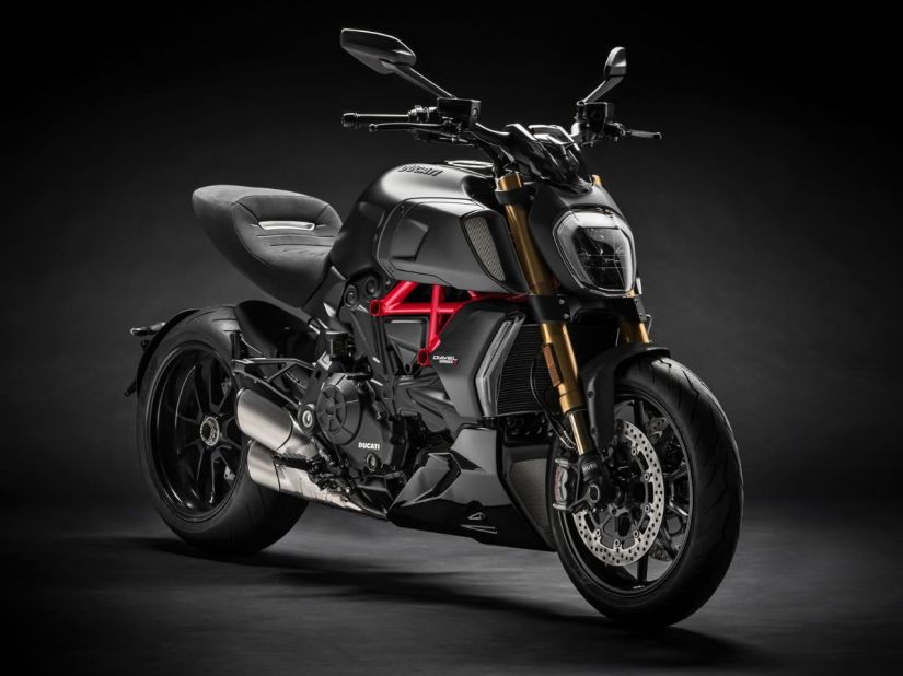 Ducati lança Diavel 1260S no Brasil