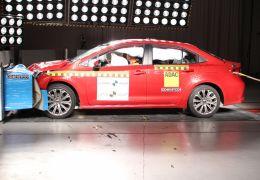 Toyota Corolla consegue nota máxima em testes de colisão