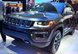 Jeep confirma Renegade e Compass híbridos para o Brasil ainda neste ano