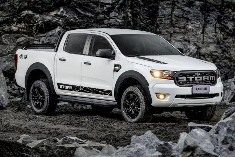 Ford lança Ranger Storm com visual dark