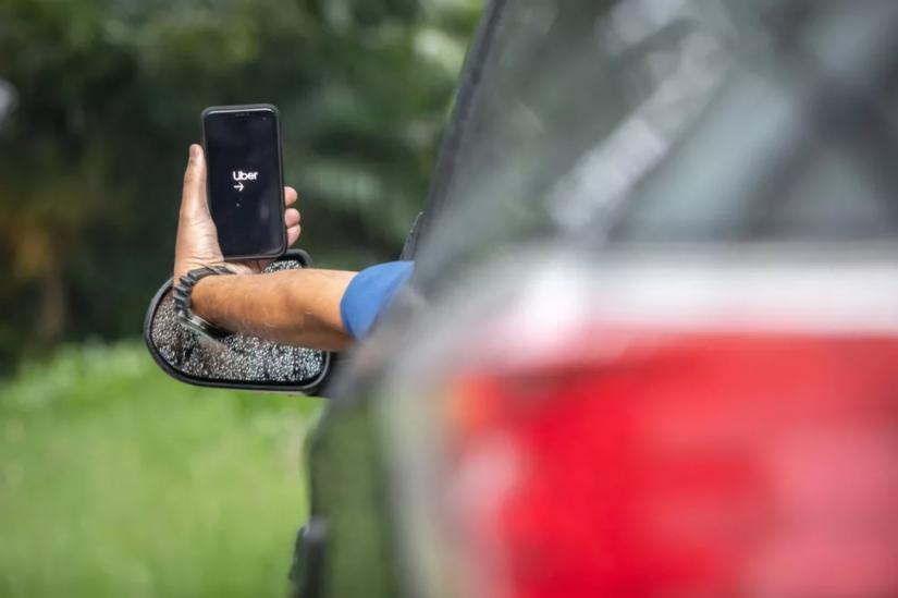 Uber vai exigir que motoristas e passageiros utilizem máscaras