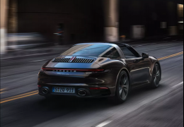 911 Targa ganha nova geração de até 450 cv