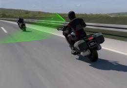 BMW anuncia novos sistemas adaptativos de velocidade para motos