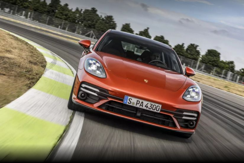 Porsche anuncia versão híbrida para Panamera a partir de R$ 649 mil