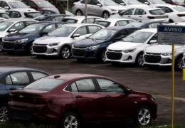 Venda de carros novos apresenta tímido crescimento em agosto comparado a julho