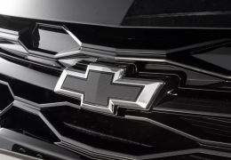 Chevrolet confirma Onix Plus Midnight para o mercado brasileiro
