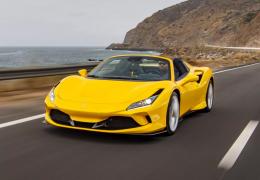Ferrari disponibiliza F8 Spider para encomenda no Brasil