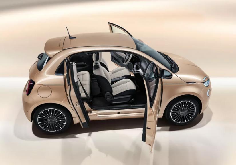 Fiat 500 elétrico ganha versão com três portas