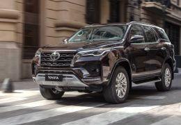 Toyota SW4 vai ganhar nova geração em 2022