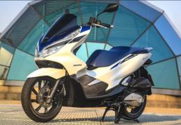 Honda PCX 2022 ganha cores novas em nova linha