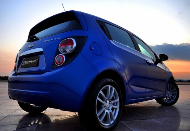Chevrolet Sonic - Foto 1