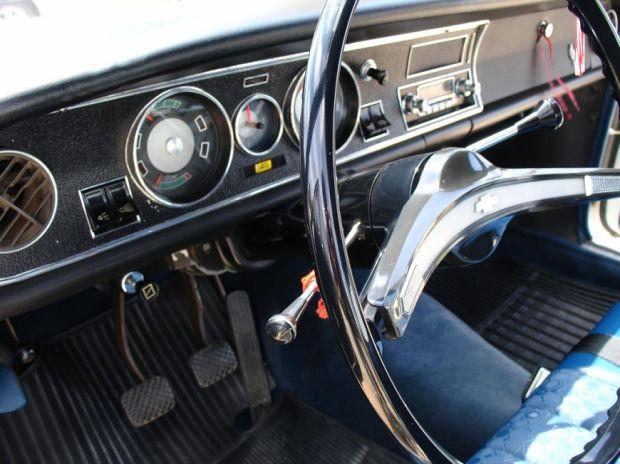GM Opala - Interior