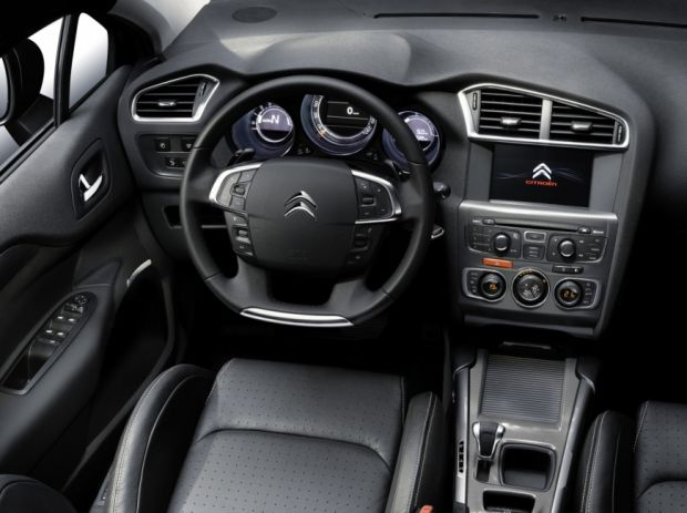 Novo Citroen C4 - Interior