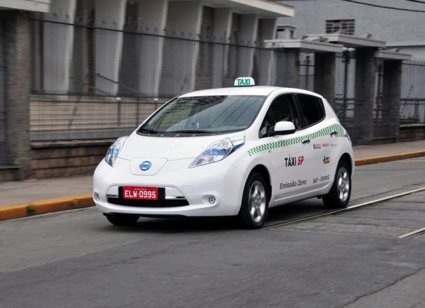 Taxi SP - Carro Elétrico da Nissan