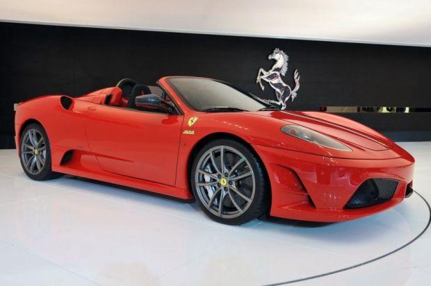 Ferrari no Salão do Automóvel