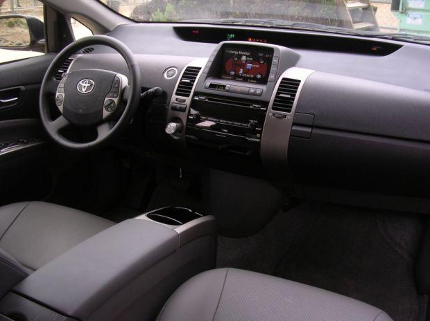 Toyota Prius - Prévia - Foto 4