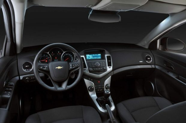 Interior - Cruze Sport6