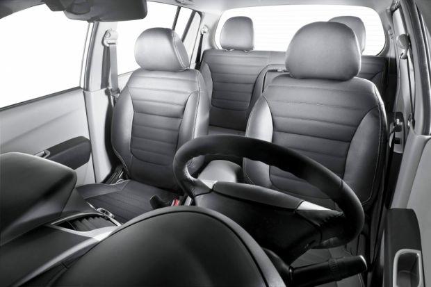 Interior - Mitsubishi L200 Triton HPE
