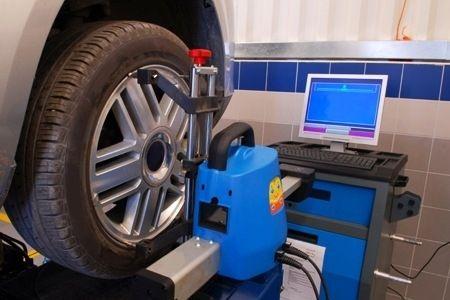 Alinhamento de pneus