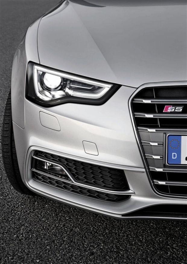 Audi S5 - Detalhe Frente