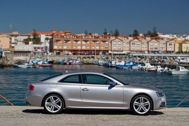 Audi S5 - Lateral