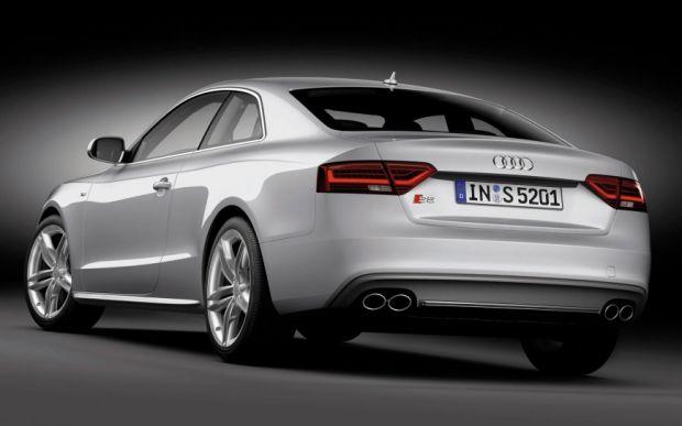 Audi S5 - Traseira