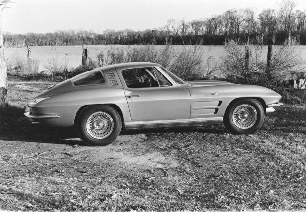 Chevrolet Corvette - Foto 5