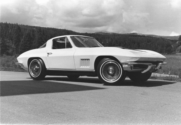 Chevrolet Corvette - Foto 9