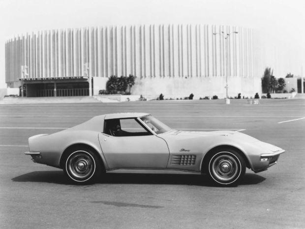 Chevrolet Corvette - Foto 11