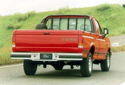 Ford F-1000 - Traseira