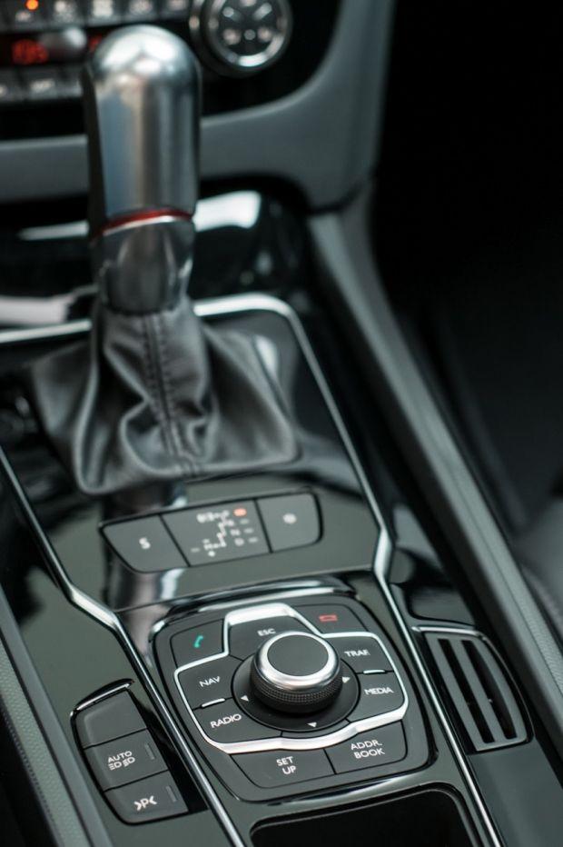 Detalhe cambio - Peugeot 508 THP