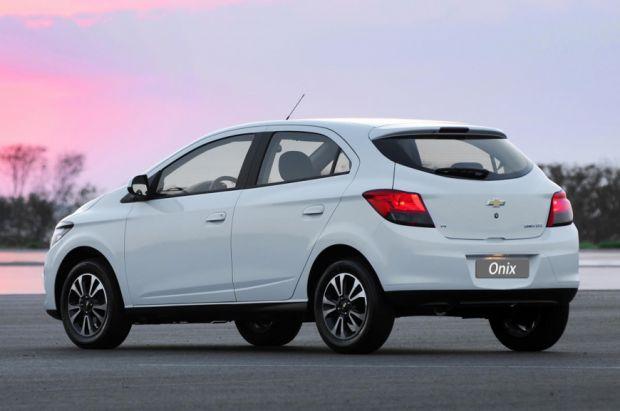 Chevrolet Onix - Traseira