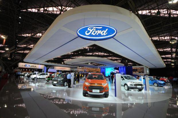 Estande da Ford - Salão do Automóvel